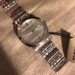 burberry watch new with tag